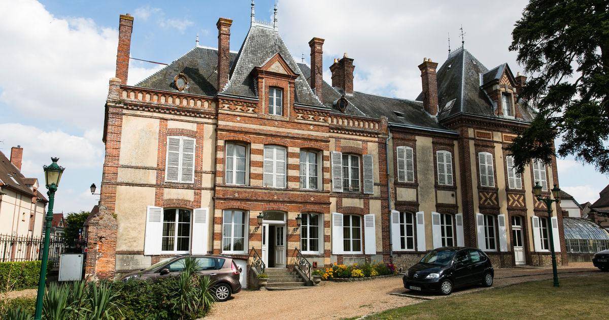 Mairie de brezolles